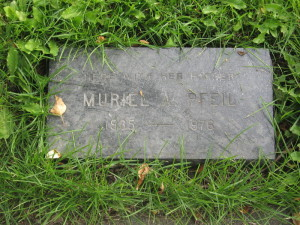 Muriel Pfeil's grave